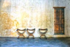 Interior espanhol com cadeiras Foto de Stock Royalty Free