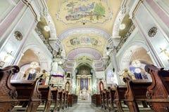 Interior europeu da igreja Imagens de Stock Royalty Free