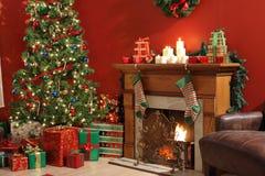 Interior festivo de la Navidad foto de archivo