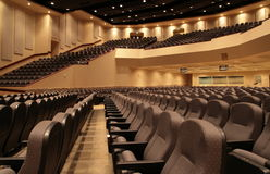 Interior grande del auditorio Imagen de archivo libre de regalías