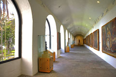 Interior hallway of a museum Royalty Free Stock Images