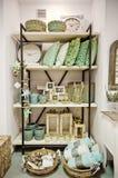 Interior home da loja das decorações imagens de stock royalty free