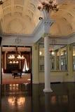 Interior impressionante da atração popular, o salão de baile histórico, casino de Canfield, Saratoga Springs, NY, 2016 Imagem de Stock Royalty Free