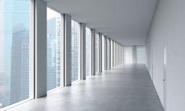 Interior limpo brilhante moderno vazio de um escritório do espaço aberto Janelas panorâmicos enormes com opinião de Singapura Um  Imagens de Stock Royalty Free