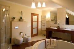 Interior lujoso del cuarto de baño Imágenes de archivo libres de regalías