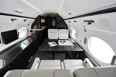 Interior lujoso del jet ejecutivo de Gulfstream G450 en Singapur Airshow imagen de archivo libre de regalías