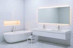 Interior luxuoso branco do banheiro com paredes de tijolo 3d rendem Fotos de Stock Royalty Free