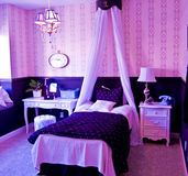 Interior luxuoso do quarto Fotos de Stock Royalty Free
