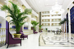 Interior luxuoso moderno da entrada no hotel em Kemer, Foto de Stock