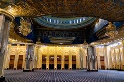 Interior magnífico de la mezquita de Kuwait, la Ciudad de Kuwait, Kuwait Fotos de archivo libres de regalías
