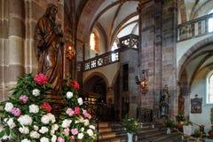 Interior majestuoso de la Abadía-iglesia de San Pedro y de Saint Paul Imagenes de archivo