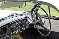 Interior metropolitana del coche de la vendimia fotografía de archivo