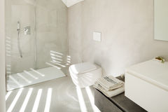 Interior of a modern house, bathroom Royalty Free Stock Photos