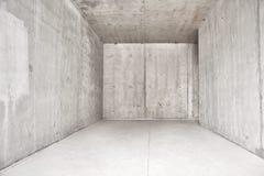Interior moderno abstrato, sala vazia com muros de cimento incolores - perspectiva imagens de stock royalty free