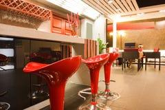 Interior moderno da barra ou do restaurante Imagens de Stock