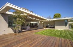 Interior moderno da casa do detalhe da arquitetura Imagem de Stock Royalty Free