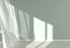 Interior moderno da sala com cortinas brancas e luz solar Fotos de Stock