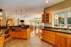 Interior moderno da sala da cozinha Fotografia de Stock Royalty Free