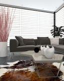 Interior moderno da sala de estar com grandes janelas Foto de Stock Royalty Free