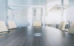 Interior moderno da sala de reunião imagens de stock