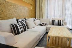 Interior moderno da sala de visitas Fotos de Stock Royalty Free