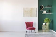 Interior moderno de la sala de estar imagenes de archivo