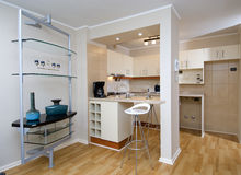 Interior moderno del apartamento fotos de archivo libres de regalías