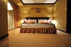 Interior moderno del dormitorio Imagen de archivo