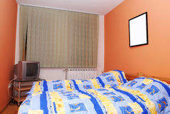 Interior moderno del dormitorio Imagenes de archivo