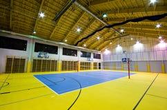 Interior moderno del gimnasio Fotos de archivo