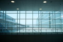 Interior moderno do edifício foto de stock royalty free