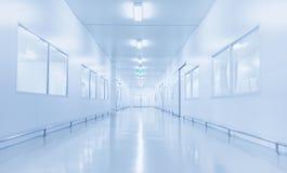 Interior moderno do laboratório de ciência ou da fábrica da indústria imagens de stock royalty free