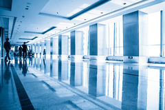 Interior moderno do prédio de escritórios Imagens de Stock