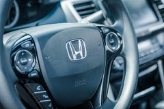 Interior moderno Honda Accord do carro Foto de Stock Royalty Free