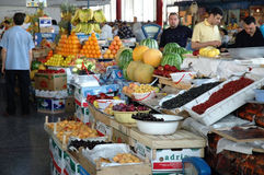 Interior no mercado central de Yerevan, Arménia Fotos de Stock Royalty Free