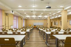 Free Interior Of Empty University Audiences Modern School Classroom For Student During Study, Lecture And Conference Royalty Free Stock Photos - 151605438
