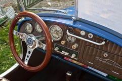 Interior polaco de Syrena 105 del coche de la obra clásica Imagen de archivo