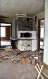 Interior quebrado da cozinha foto de stock royalty free