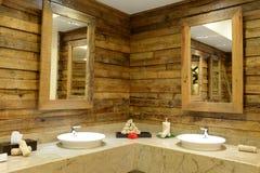 Interior rústico do banheiro Fotografia de Stock Royalty Free