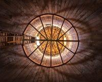 Interior redondo do silo do celeiro fotos de stock