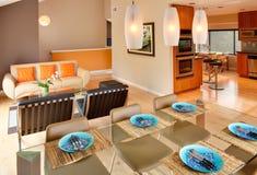 Interior residencial contemporâneo moderno Fotos de Stock