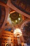 Interior rumano de la iglesia fotos de archivo libres de regalías