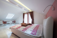 Interior of a specious bedroom Royalty Free Stock Photo