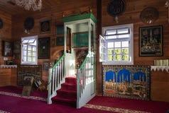 Interior tártaro de madera de la mezquita en Bohoniki, Polonia Foto de archivo libre de regalías