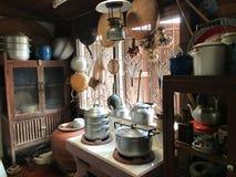 Interior tradicional de la cocina imagen de archivo libre de regalías