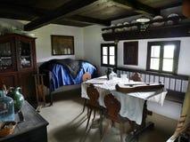 Interior velho da casa da quinta Foto de Stock