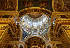 Interior, view to the central dome of Saint Isaac's Cathedral Stock Photography
