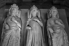 Interior y detalles de la basílica de St Denis París, Fran Foto de archivo libre de regalías