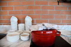 Interior y diseño de la cocina imagen de archivo