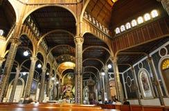 Interiore in Cartago, Costa Rica della basilica fotografia stock libera da diritti